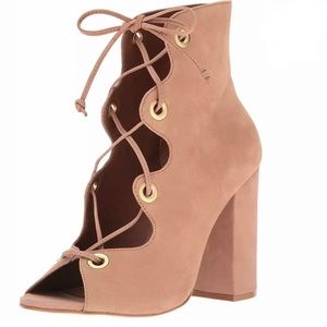 Steve Madden Tan Carusso Bootie